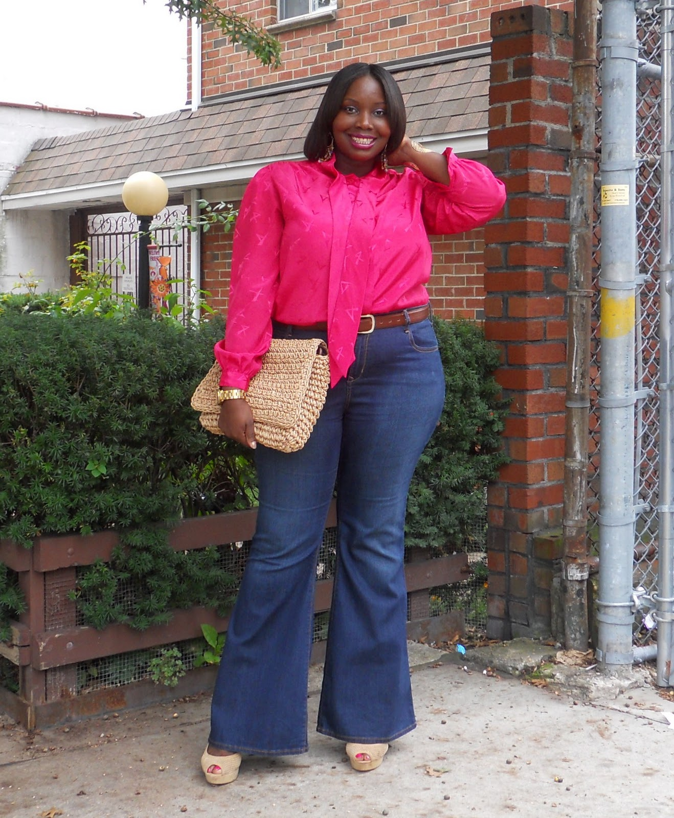 STYLE JOURNEY: 70'S CHIC IN HIGHWAISTED FLARE LEGS | Stylish Curves