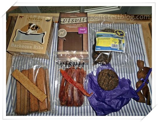 Barbecue Ribs, Enten Snacks, Elch-Dogburger und Zauberstäbchen