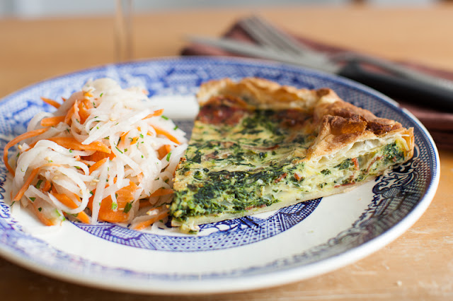 quiche, french, savory tart, pie, quiche recipe, lunch, spinach and bacon, cooking, french cuisine