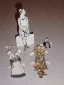 Pilgrim or Indian girl paper doll...