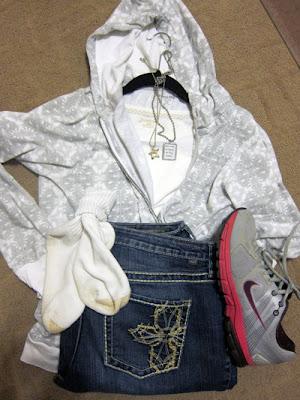 woolrich-hoodie-favorite-outfit