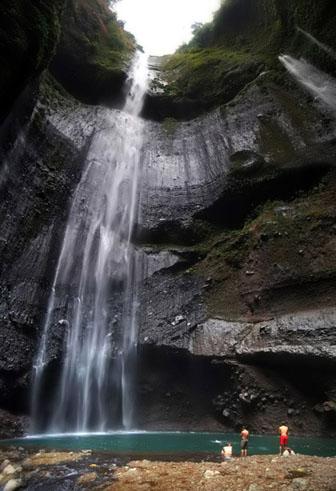 http://3.bp.blogspot.com/-07HhO1tA2GA/TsnWIUeu8UI/AAAAAAAAF7Y/R8FkMekQs9c/s1600/madakaripura2.jpg