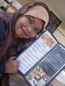 PANTAI CHEDOQ, PONTIAN ROMPIN PAHANG NOV 2011