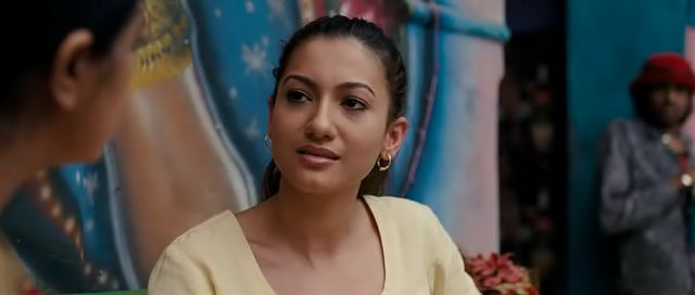 Screen Shot Of Hindi Movie Ishaqzaade (2012) Download And Watch Online Free at worldfree4u.com