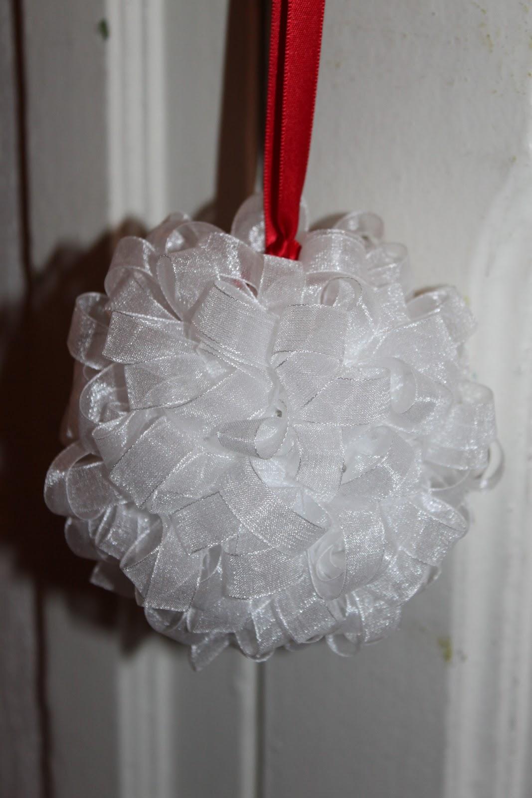 La bulle de bonheur les boules en polystyr ne peuvent s 39 invit es nos r ceptions - Boule de polystyrene ...