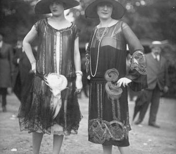 1920s Little Black Dress #vintage #fashion #1920s #dress