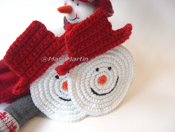 Christmas Crochet Patterns : Thinking of Christmas Crochet Coasters Snowman Crochet Colorful