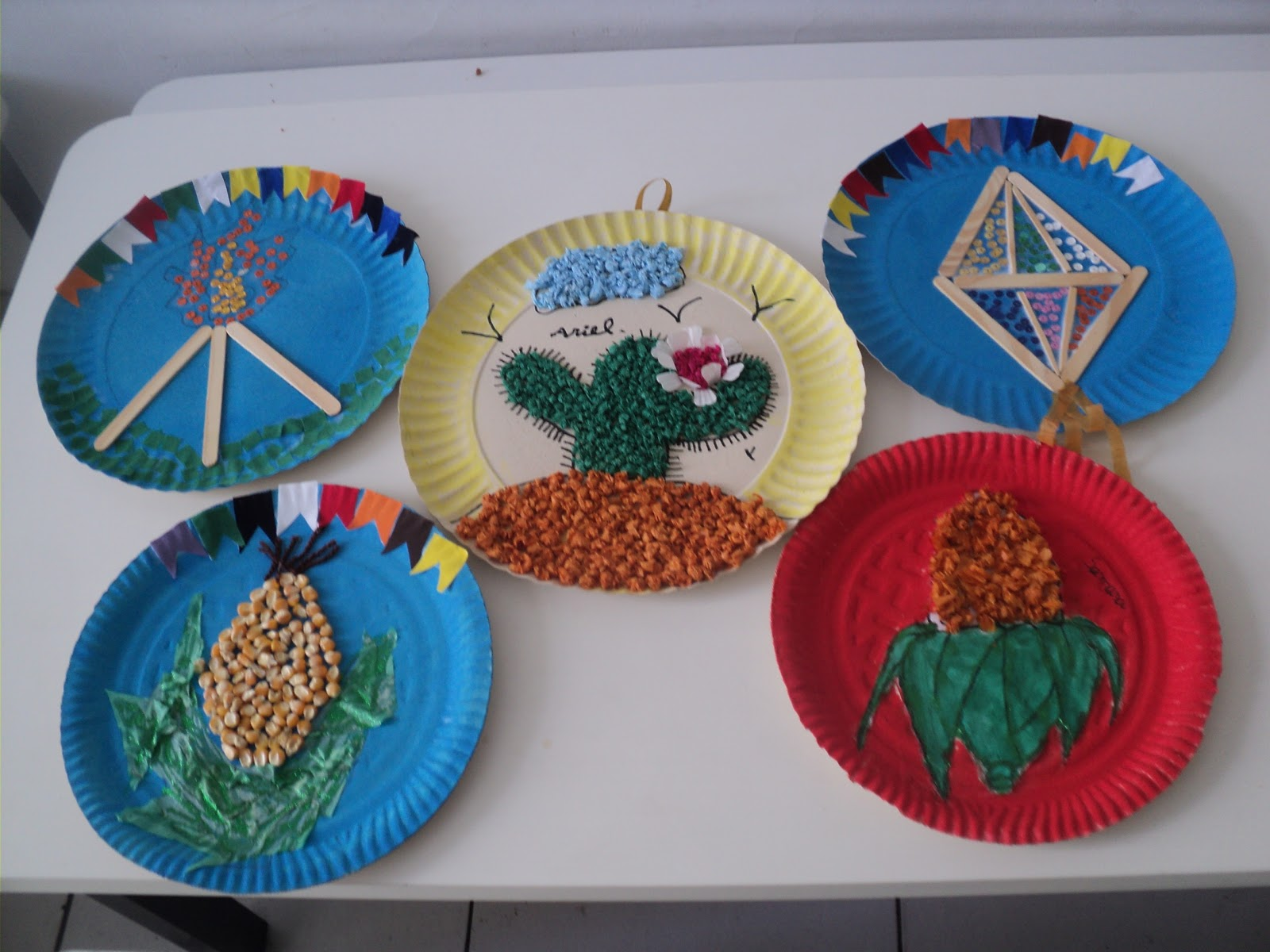 O Que Mais Vende Em Artesanato ~ Tathi sonho artesanato na escola, pratos decorados, decoraç u00e3o junina
