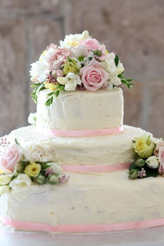 The Brides Diary Southern Highlands A Simple Cake With