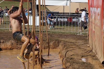 Spartan Race. Trepando la cuerda