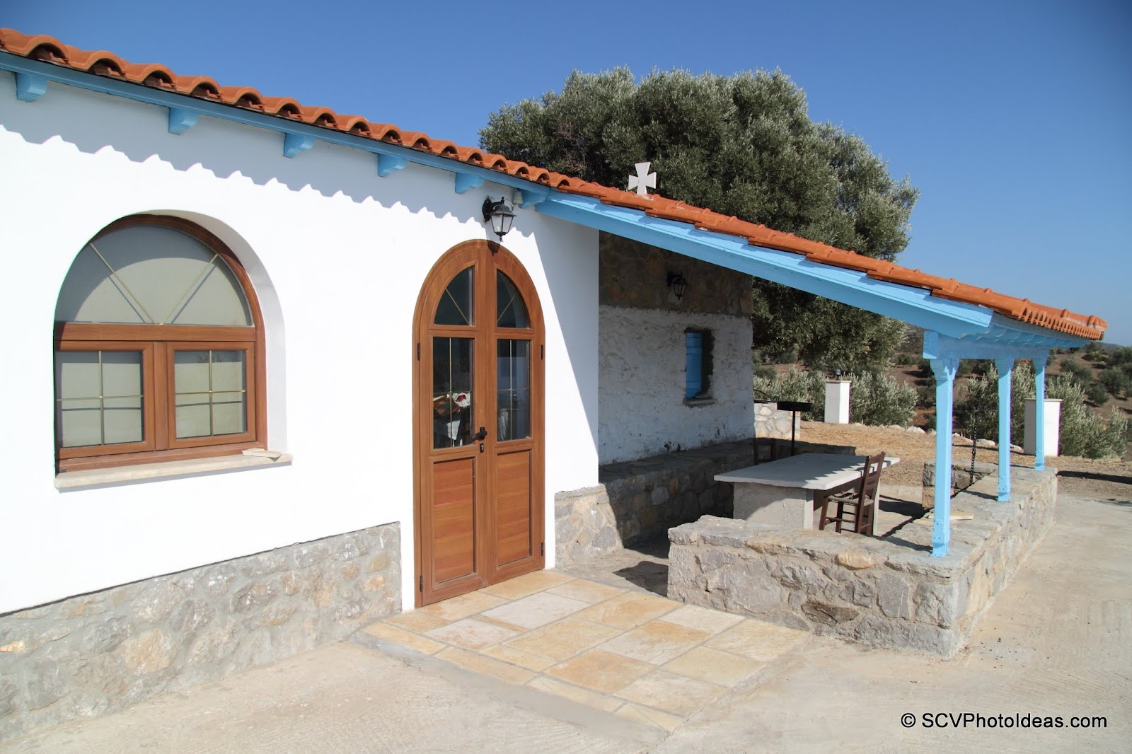 Ag. Nikolaos extention w/ front door and yard shade