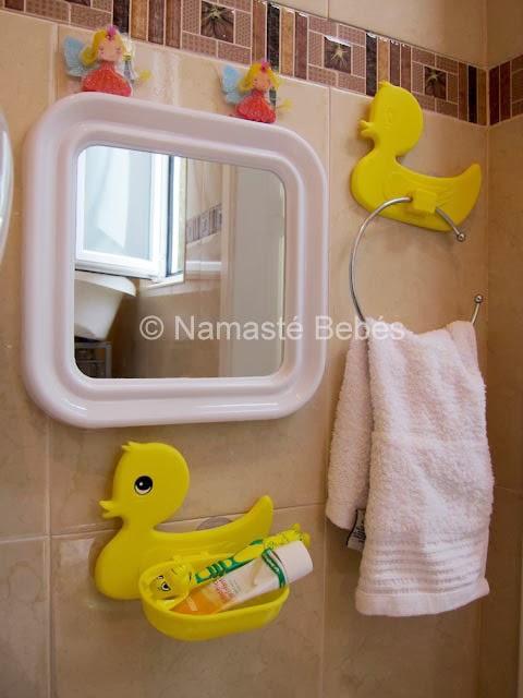 Accesorios Para Baño Que Se Pegan: cinta adhesiva para que no se mueva de su sitio por seguridad extra