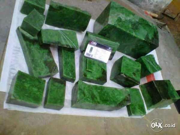 Macam Jenis Batu Akik Giok Aceh Termahal Terpopuler indah dan khasiatnya