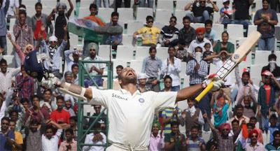 Shikhar-dhawan-celebrating-century-against-Australia