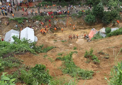 bangladesh_Chittagong_landslide_2012_photo_recent_natural_disasters