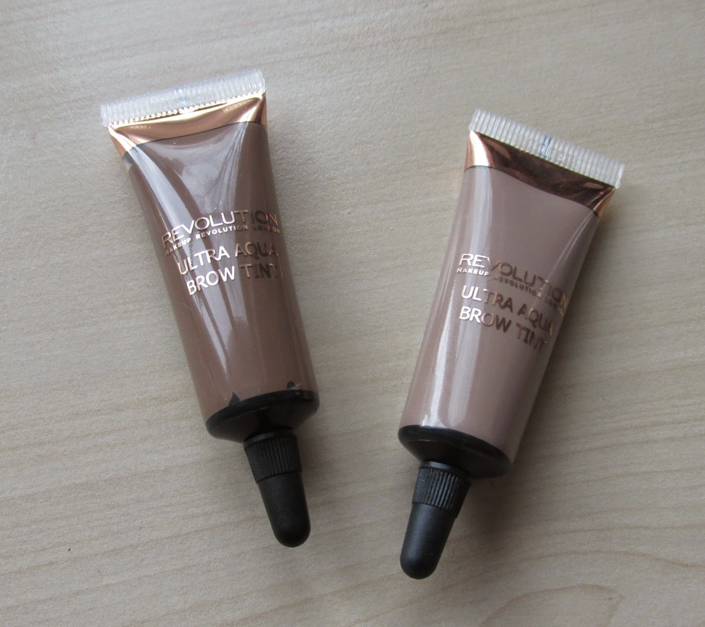 Makeup Revolution Ultra Aqua Brow TInt Fair and Light