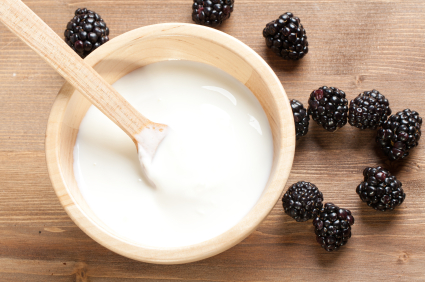 Greek yogurt with blackberries