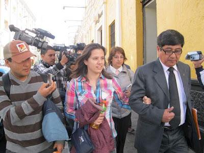 rosario ponce y su abogado en arequipa