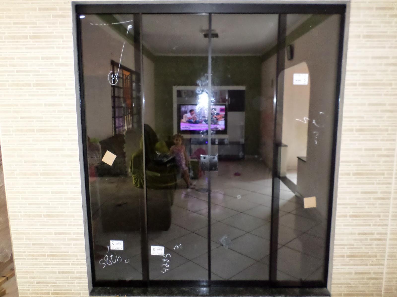 #8E733D Porta de 2 10 altura por 1 90 de largura 4 folhas 72 Janelas De Vidro E Aluminio Preços