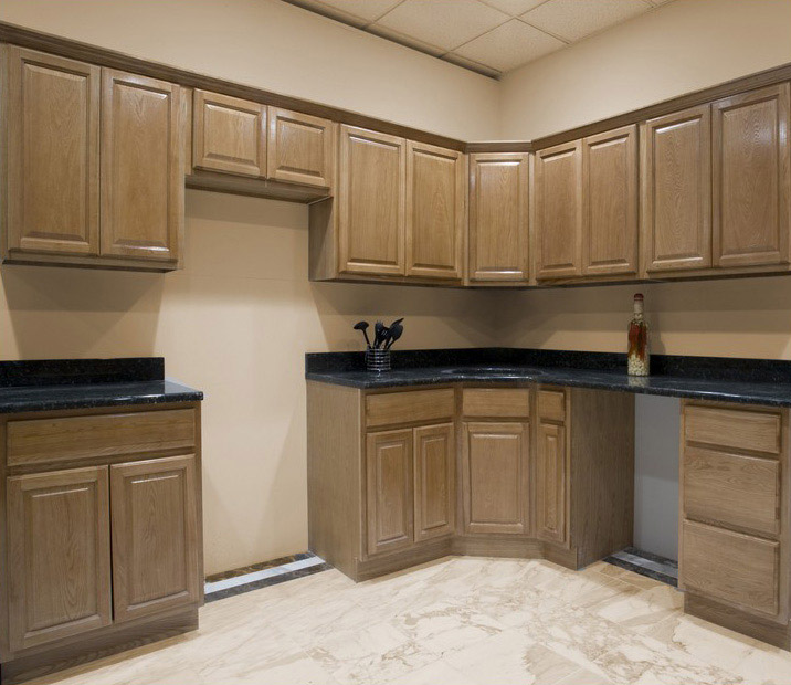 Kitchen and bath cabinets vanities home decor design ideas for Bathroom ideas with oak cabinets