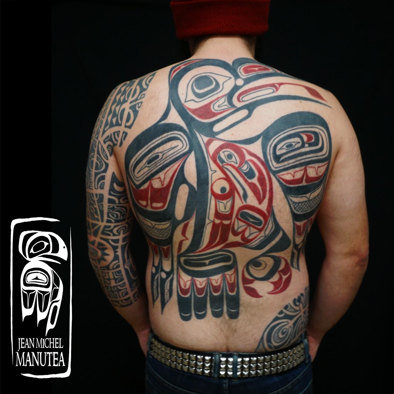 tatouage polynesien polynesian tattoo haida raven back. Black Bedroom Furniture Sets. Home Design Ideas