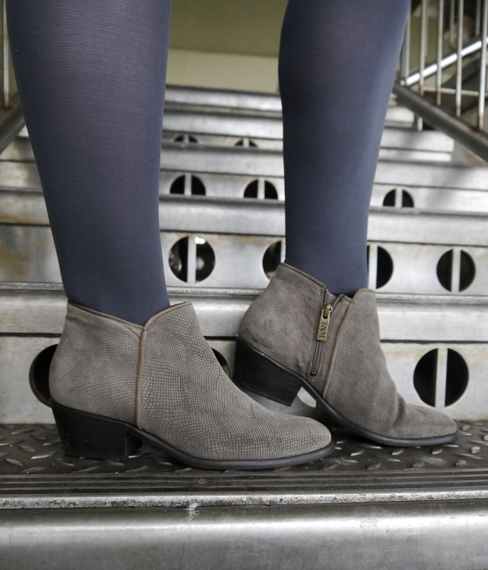 Ted and Muffy boots, perfect grey ankle boots, taupe,