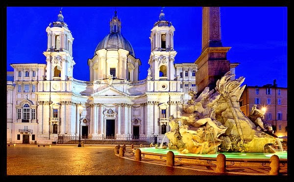 Kościół S. Agnese in Agone na Piazza Navona nocą