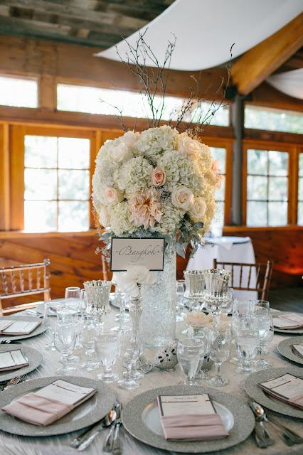 high-blush-white-centerpiece