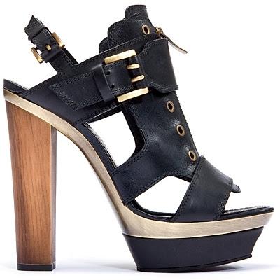 Shoe Fashion Blog on Shoes Fashion 2011