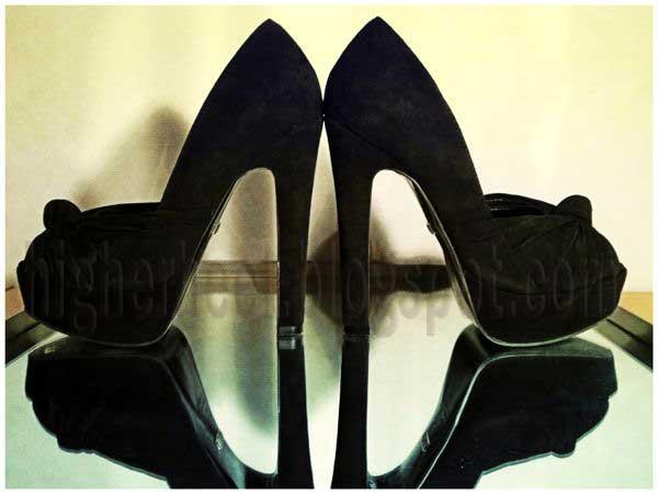 6 inch black high heels
