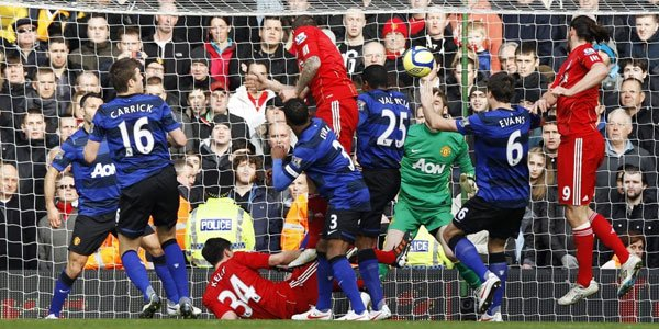 Prediksi Liverpool vs Manchester United MU Liga Inggris 2012-2013