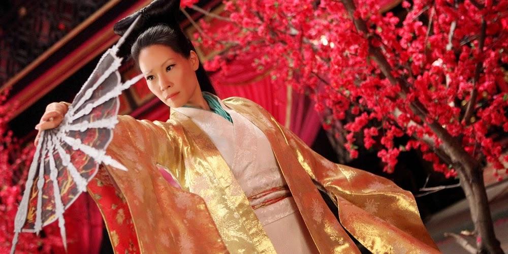 Lucy Liu em O HOMEM COM PUNHOS DE FERRO (The Man With the Iron Fists)