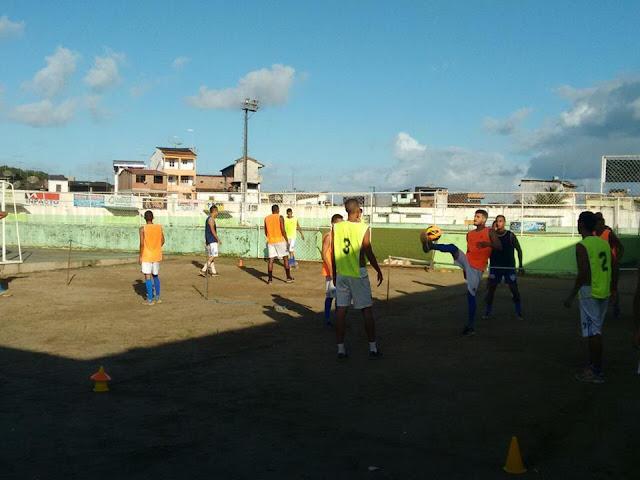 selecao-de-valenca-se-prepara-para-disputa-do-campeonato-intermunicipal-2015