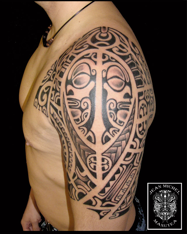 Half-sleeve inspired by different polynesian tattoo style