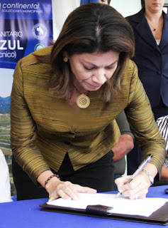 photo President Chinchilla