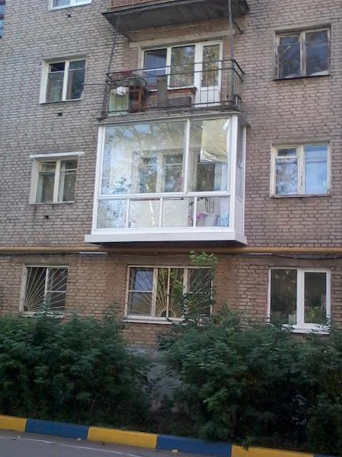 Отделка, остекление балкона, прозрачный алюминиевый профиль