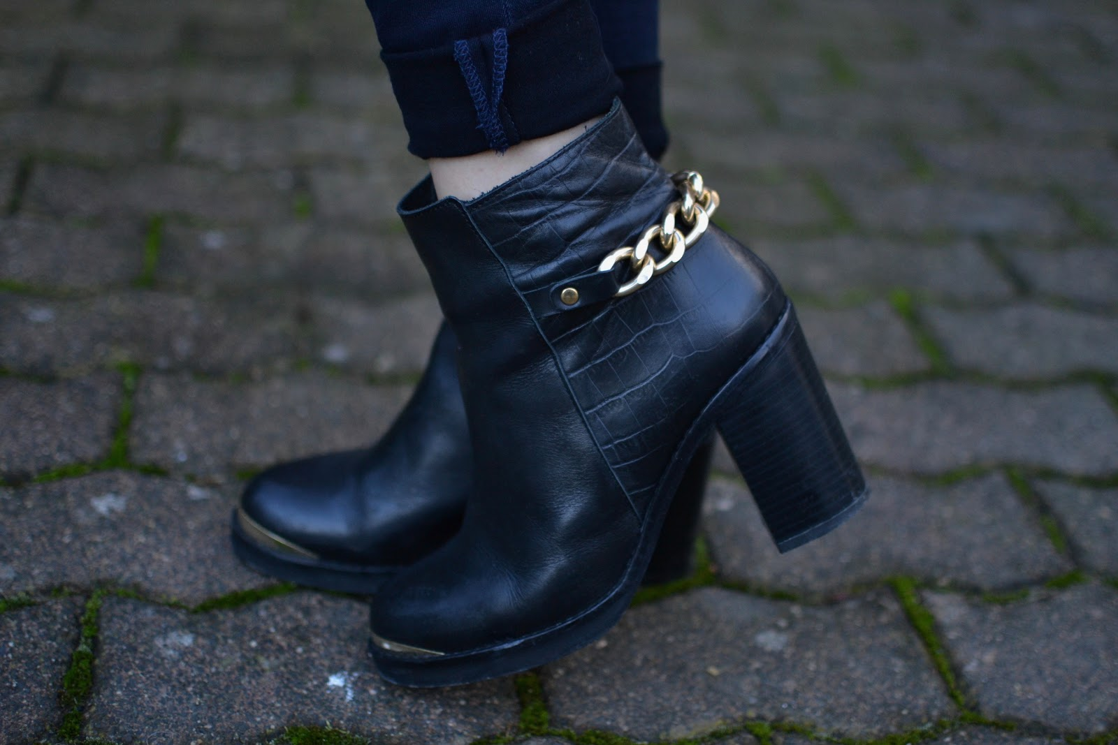 Topshop Merit leather chain heeled ankle boots