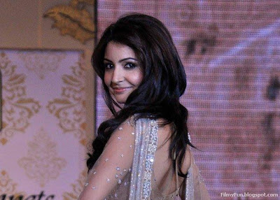 Anushka Sharma Bollywood Glam