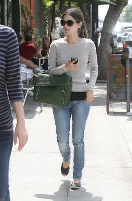 Rachel-Bilson-Nobody-Jeans.jpg