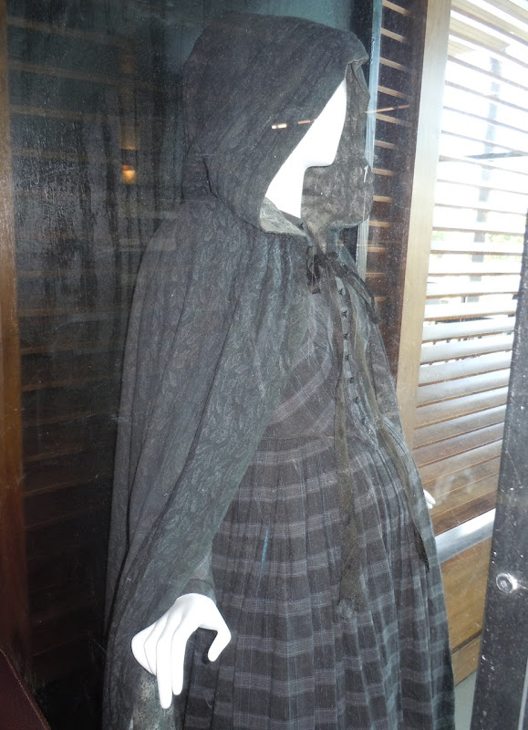 Jane Eyre 2011 movie costume