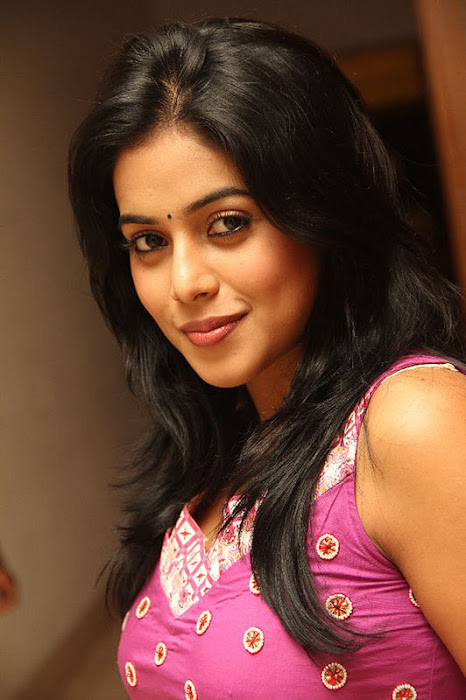 poorna @ greenpark cake mixing event hot images