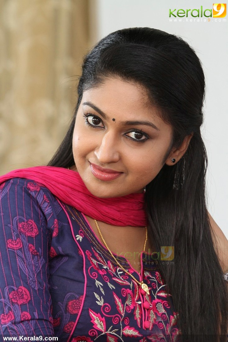 Mithra Kurian latest hot photos saree and churidar