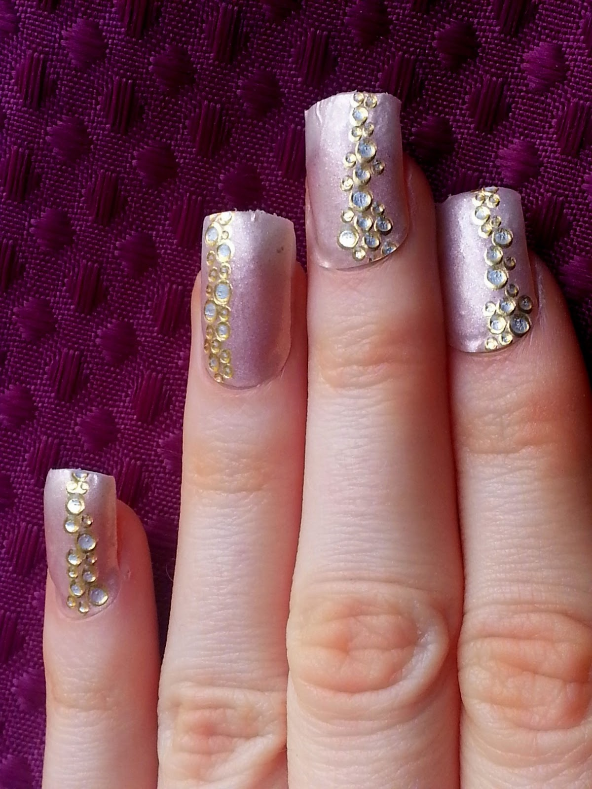 Manicure Monday: Kiss Nail Wrap | Heroine in Heels