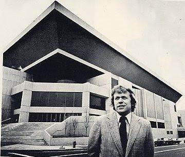 Jerry S Brokendown Palaces Hartford Civic 1 Civic Center