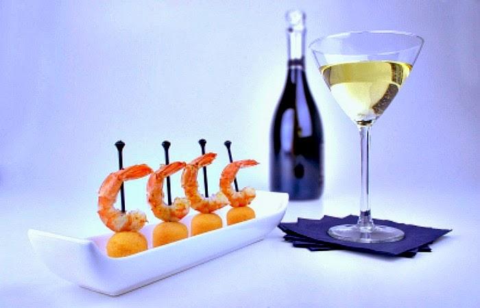 Obraz: Korzystaj z życia i walcz z depresją - wino, owoce morza