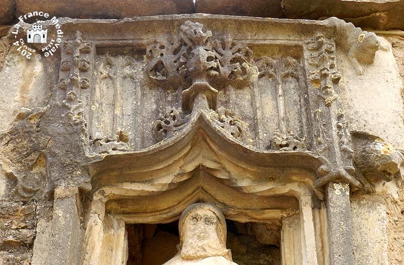LAIVES (71) - Porche des Antonins