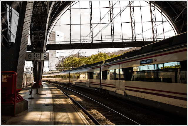 Barcelona: Salida (ferroviaria) de la Estación de Francia