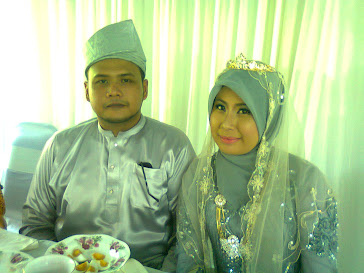 my first sister with her's husband ^^