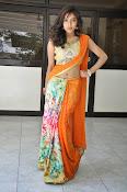 Vithika sheru latest glamorous photos-thumbnail-9