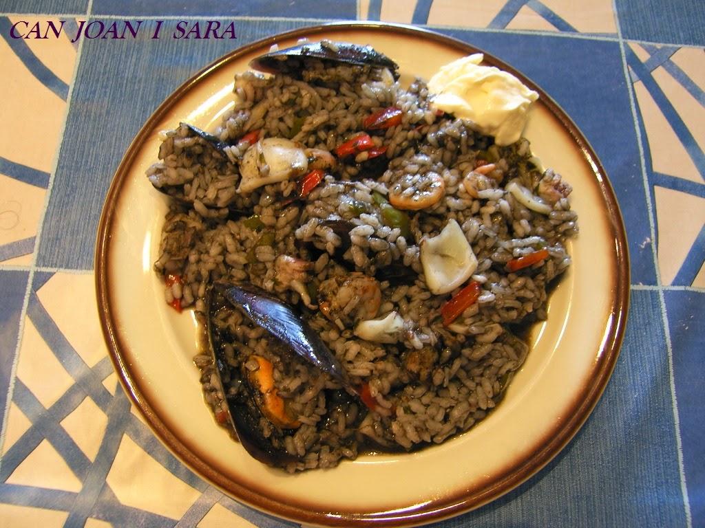 Paella de arroz negro con sepia recetas de cocina - Cocina con sara paella ...
